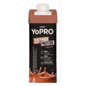 Bebida Láctea Yopro Sabor Chocolate 250ml